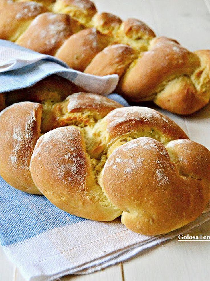 Treccia di pane alla ricotta
