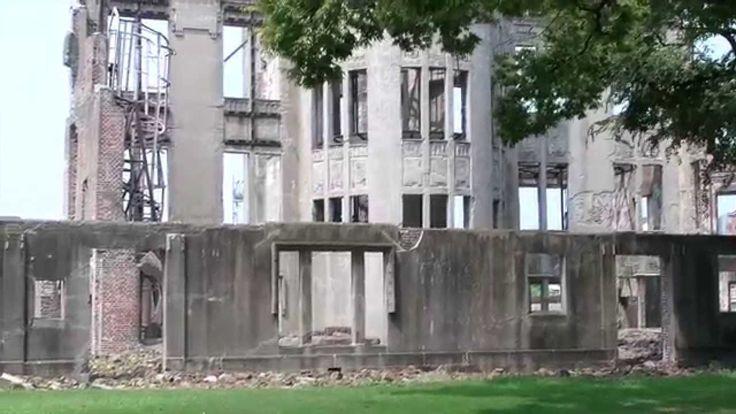 Atomic Bomb Dome Hiroshima  Nel Peace Memorial Park di Hiroshima, un solo edificio è rimasto in piedi dopo l'esplosione della bomba atomica. Questo edificio è diventato il simbolo della pace.  Voi l'avete visto? Cosa avete provato guardandolo?  #Video #Atomic #Bomb #Dome #Hiroshima