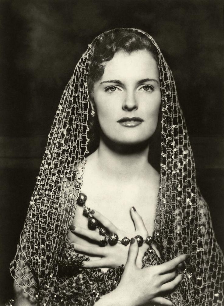 Ziegfeld Girls: Vintage Woman, Vintage Veils, Cheney Johnston, Vintage Portraits, Alfred Cheney, Ziegfeld Crazy, Ziegfeld Classic, Vintage Beautiful, Ziegfeld Girls