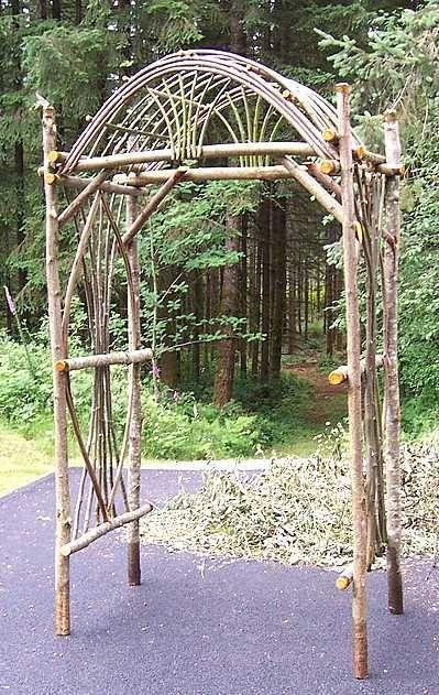 So schön! Holzbogen aus Weide.
