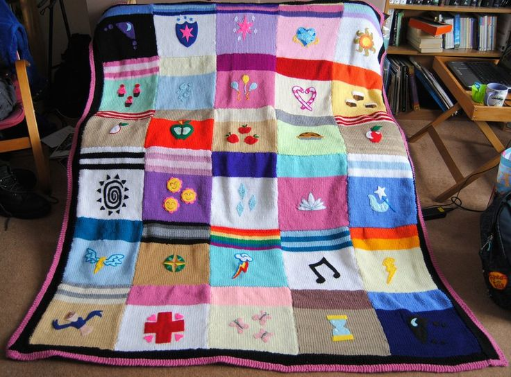 I really want to make this cutie mark blanket!!!