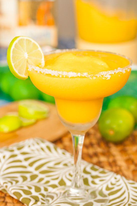 Mango Margaritas | Tide and Thyme