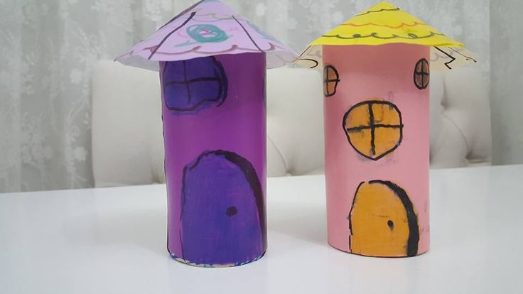 House from toilet paper roll