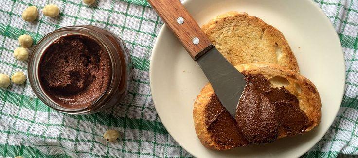 Crema de cacao con avellanas o nutella casera