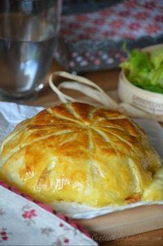 Camembert en croûte aux lardons et pommes de terre