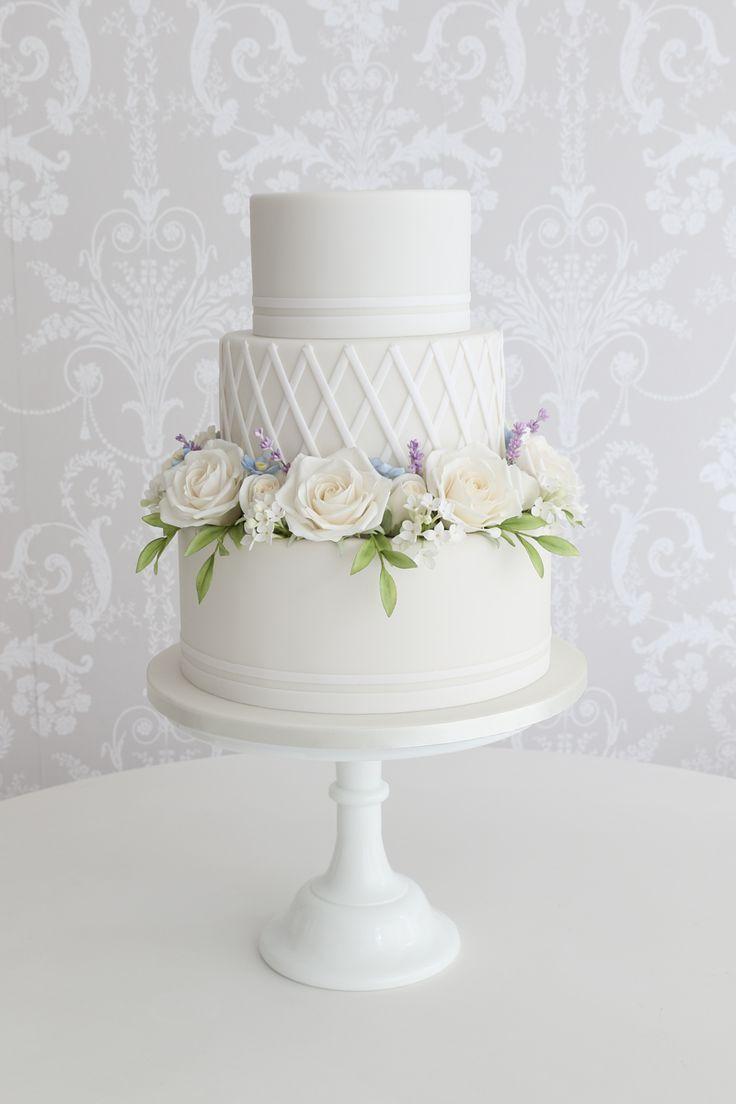 Wedding Cakes Sunshine Coast & Brisbane | Zoe Clark Cakes