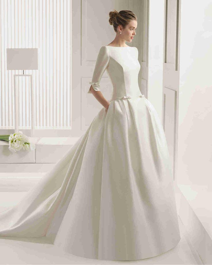 Dathybridal クラシック #Vネック ハーフスリーブ ボールガウン 花嫁のドレス #ウェディングドレス Hro0115