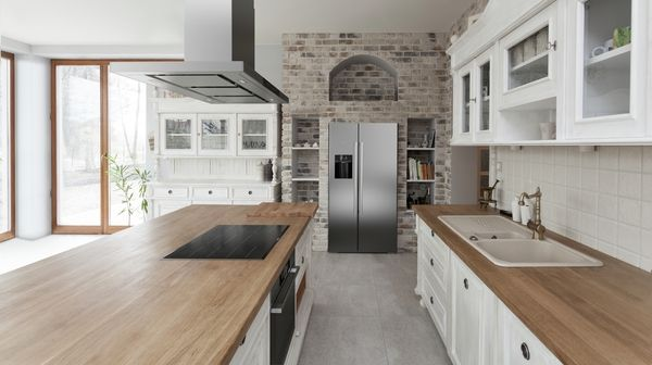 Built-in oven, Induction cooktop, Side-by-side fridge-freezer, Fully integrated dishwasher 60 cm