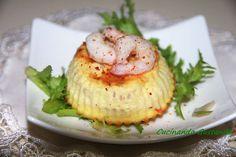 Lo sformatino di gamberetti è un antipasto sfizioso buono ed elegante fantastico da servire per un pranzo o una cena a base di pesce.
