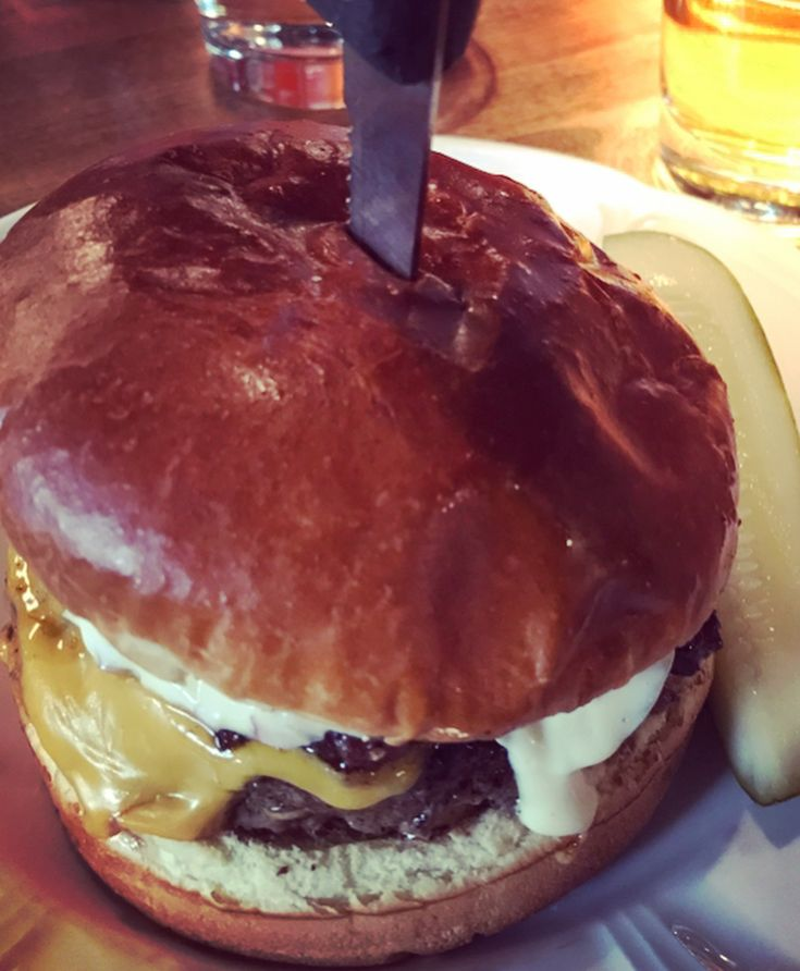 AU CHEVAL Chicago Oh. My. Lawd. Throw back to the tastiest most delectable burger Ive ever had. This was just a slice of heaven I had a heavy heart at the last bite because o knew it was finished . Americans sure know how to burger!! If only I could get one now!!