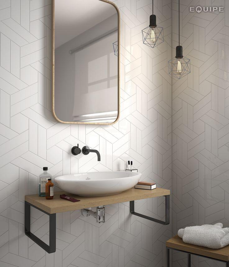 Chevron Wall White / Scale Hexagon White 18,6x5,2                                                                                                                                                                                 More