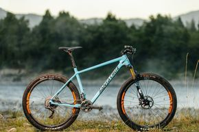 Blue, especially, but the combo with other colors is great. Santa Cruz Redesigns their Highball Hardtail MTB to the 27.5 Platform and It's Rowdy! - The Radavist