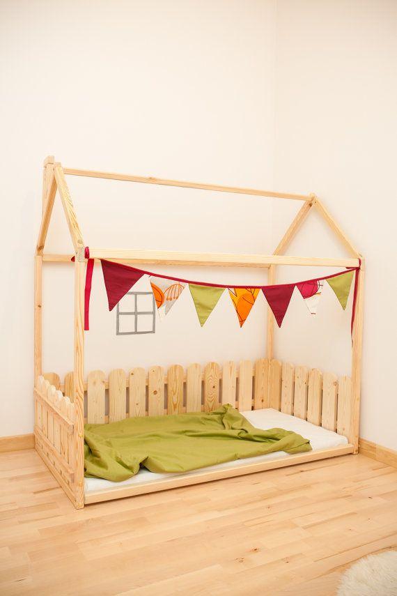 Enfants de taille double lit avec barrière / par SweetHOMEfromwood
