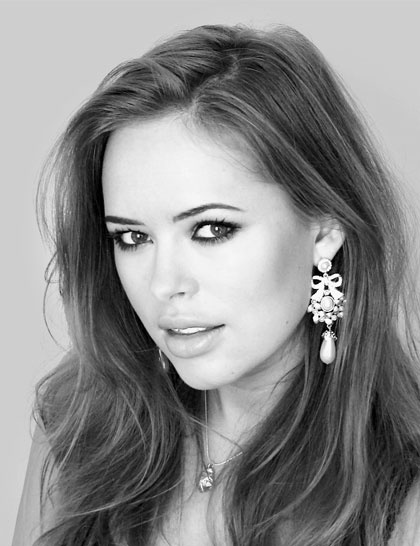 This is Tanya Burr, and I thought I'd share some light on her lifestyle as a beauty guru, which is a certain type of professional youtuber that has recently become more and more popular.  For a lot of people, it makes them depressed that they don't have the money for these things, but for me it gets me psyched and determined to  update my wardrobe. Check out some of the other beauty guru's i'll be posting to my 'youtubers I love' board!