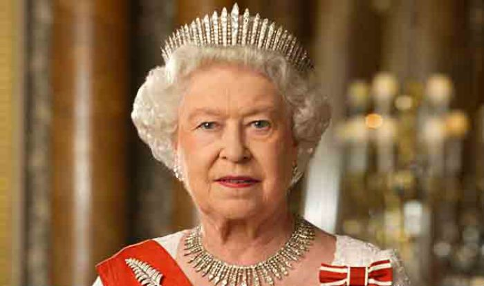 LONDON (Web Desk) - Queen Elizabeth-II of United Kingdom, the world's oldest living monarch who marked her 90th birthday last month, has had a number of myths spring around her in the past.    Howeve
