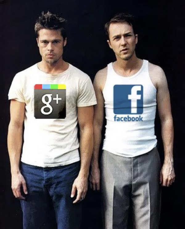 Google Plus, Facebook, #SocialMediaGeek