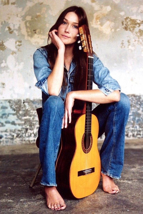 Carla Bruni | girls that can play