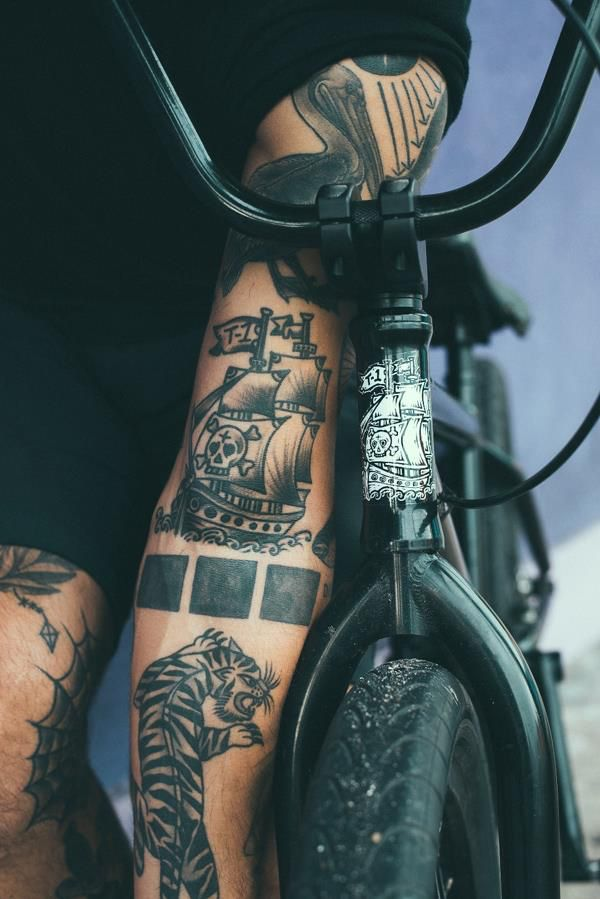 tattoo bmx streetstyle style blackstyle spectral pinterest bmx tattoos and body art. Black Bedroom Furniture Sets. Home Design Ideas