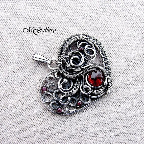 Spring promotion 15% off - Silver pendant - heart - wire wrapped - garnet -Free…
