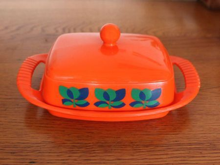 Vintage Emsa Butter dish in melamineFrom viedpuce