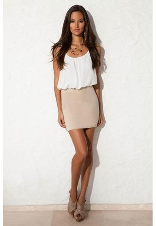 Neutral dress and shoes - I like!