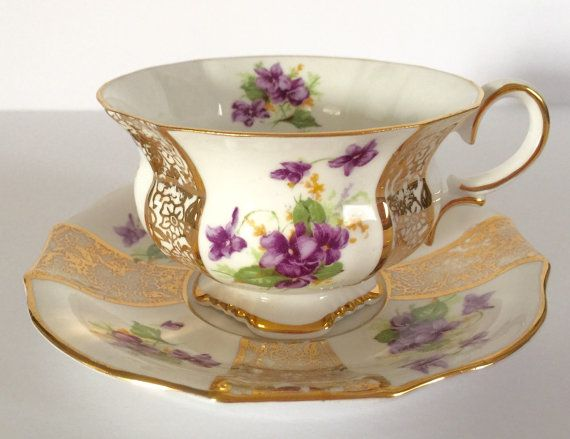 Hey, I found this really awesome Etsy listing at https://www.etsy.com/listing/384382818/collingwoods-china-tea-cup-and-saucer