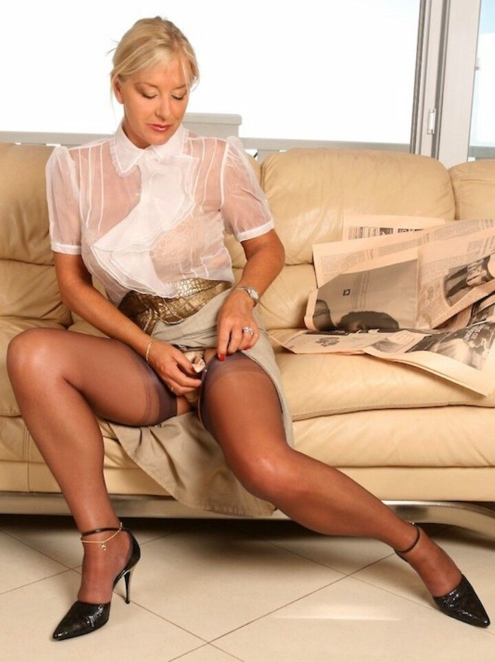 Sexy Ladies In Stockings