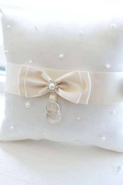 satin - bow - pearls - brooch