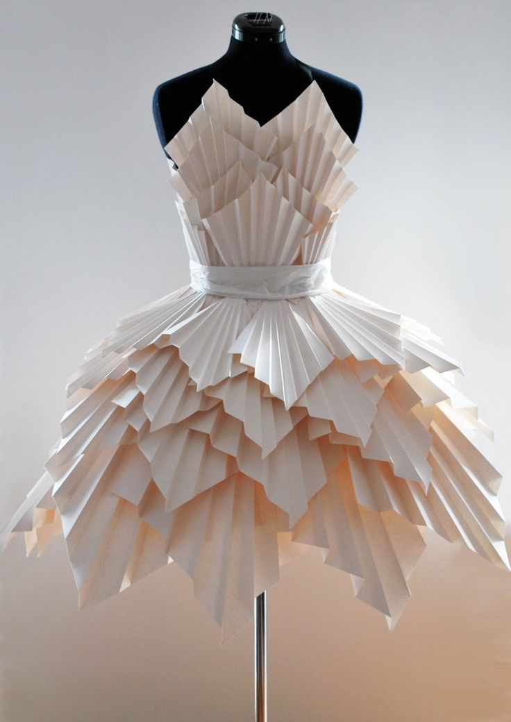 ℘ Paper Dress Prettiness ℘ art dress made of paper - Ideas for art class