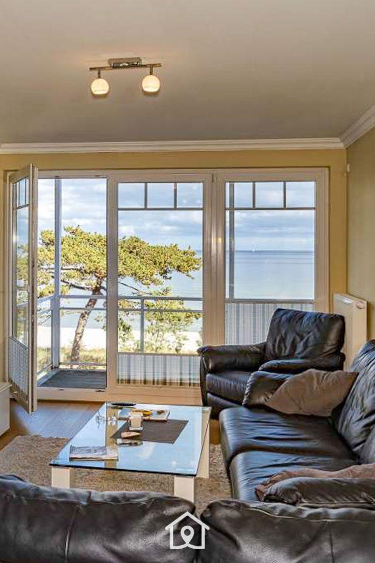 Wohnzimmer Mit Blick Auf Die Ostsee Ferienwohnung Scharbeutz Wohnung