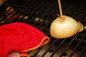 Add onion flavor to grates, shuck corn the easy way, and more