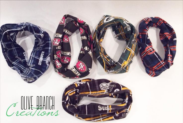NFL Child, Baby Infinity scarves! Scarves are one size fits all! They are perfect for those cold winter days or to replace those boring bibs for your teething babe! They come in cotton & flannel. #teethingbib #teethingscarf #babyscarf #babyinfinityscarf #childscarf #childinfinityscarf #handmadescarf #footballscarf #nflscarf #49ers #ninerbaby #packers #chicagobears #steelernation #steelerbaby