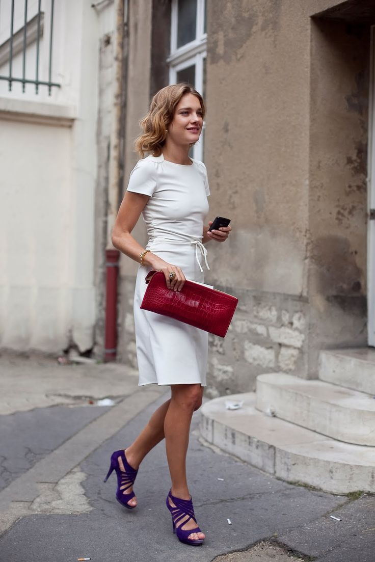 It doesn't take much to make a white dress really pop: just little hits of color.Models Off Duty, Simple White Dresses, Parisians Chic, Fashion Clothing, Street Style, Natalia Vodianova, Nataliavodianova, Blue Shoes