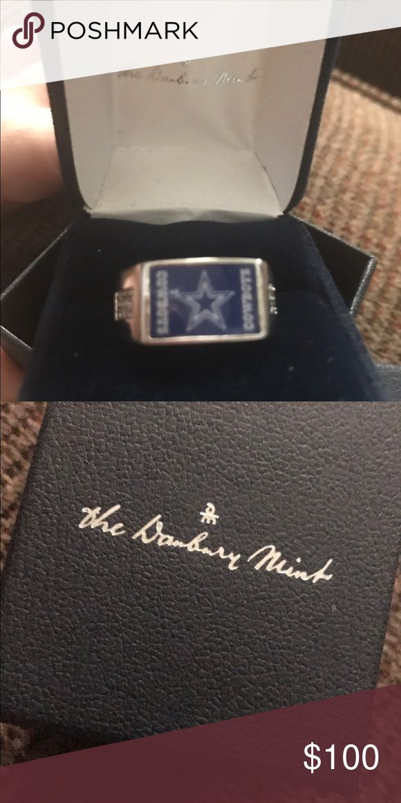 Danbury Mint collection Dallas Cowboys Men's ring Men's Dallas Cowboys ring size 11. Never worn. Still in box. Jewelry Rings