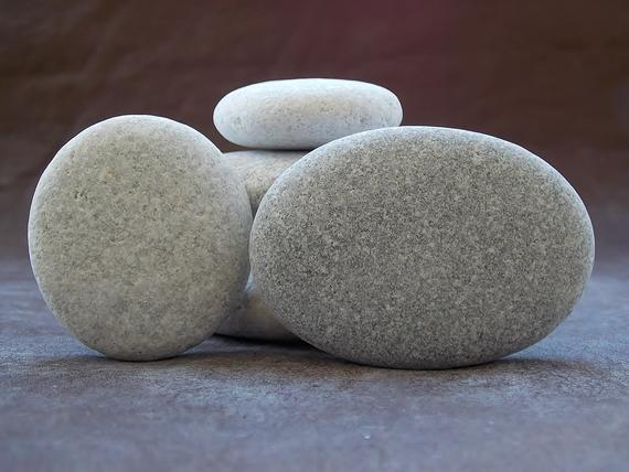 SPA massage pebble art 4-6,5cm 1,6-2,6 5 smooth big sea cobblestones for painting aquarium decor Flat oval beach stones for Mandala