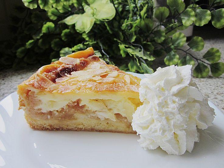 Apfelkuchen mit Sahne - Puddingguss