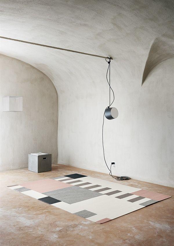 Alfombra de lana GRAPHIC, de la colección Artwork de Linie Design, tejida a mano. Distintos colores y medidas.