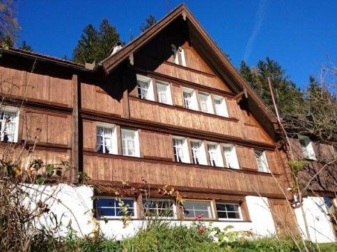 Idyllisches Bauernhaus mit Traumaussicht in Bühler