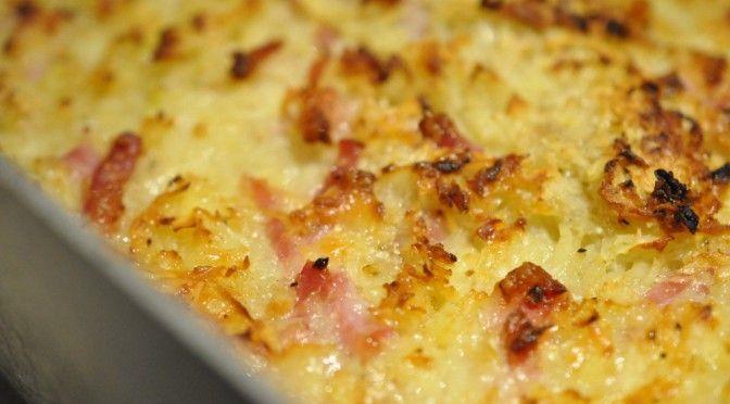 Kartoffelgratin med bacon og ost