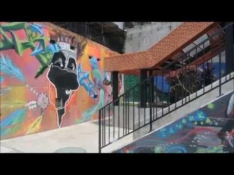 Todd's Travels: Comuna 13 Neighbourhood Tour