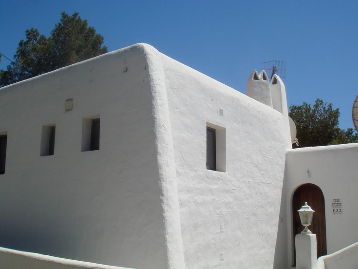 traditional housing in Ibiza