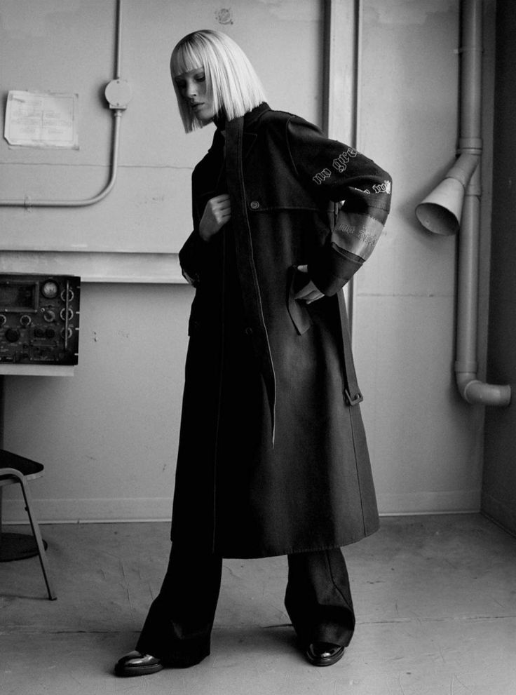 ISELIN STEIRO BY JOSH OLINS FOR VOGUE UK MARCH 2016 • Minimal . / Visual .