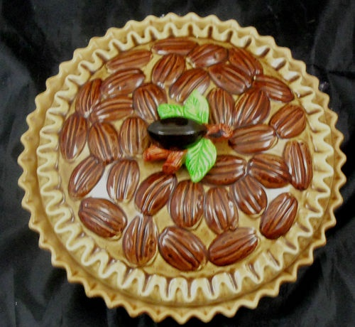 Ceramic pecan pie covered pie plate & 154 best Pie Plates images on Pinterest | Pie plate Dinner plates ...