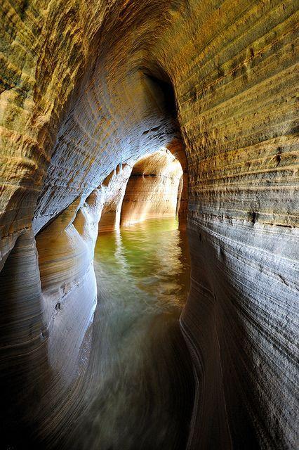 Miner's Castle Cave - Pictured Rocks National   Lakeshore, Munising, Michigan