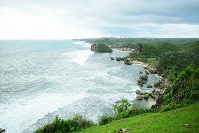 PERGIPEDIA  - Keindahan Garis Horizon Dari Puncak Bukit Kosakora Di Yogyakarta . Puncak Kosakora  adalah merupakan salah satu dari banyak...