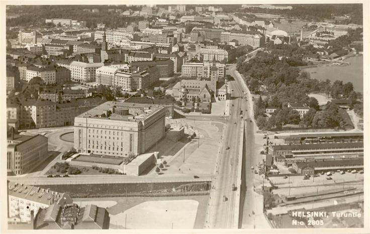 House of Parliament, Helsinki 40's Eduskuntatalo 1940-luvulla. Postikortti (John Roitto).