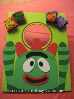 Coolest Yo Gabba Gabba 2nd Birthday Party: My daughter loved and still loves Yo Gabba Gabba.  She wanted a Yo Gabba Gabba birthday party for her second birthday.   I ordered invitations that had
