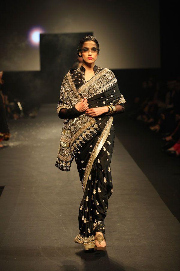 Beautiful saree by Ritu Kumar.