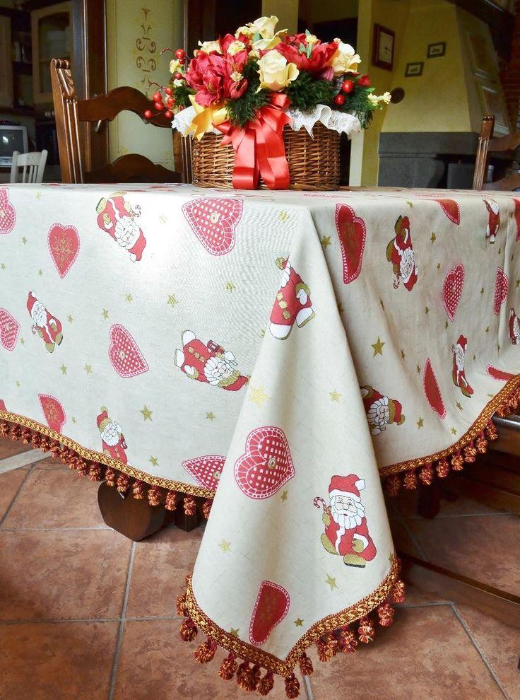 Nice Xmas Table Linen Part - 5: Best 25+ Christmas Table Cloth Ideas On Pinterest | Christmas Party Table,  School Christmas Party And Large Christmas Decorations