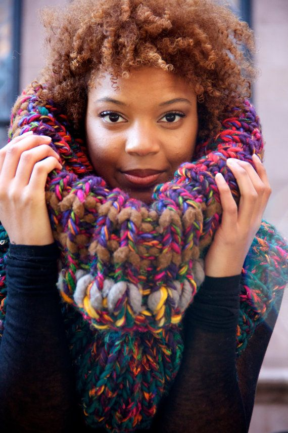 Bird of Paradise Chunky Oversized Cowl by KnitsAndStonesCH on Etsy